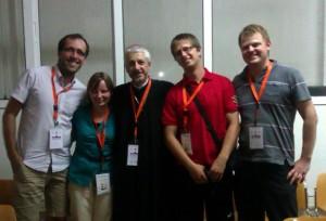 Slovenský účastníci IFCA 2012 s biskupom Florentinom Crihălmeanu