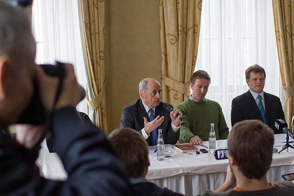 Tlačová konferencia: 25. výročie Sviečkovej manifestácie