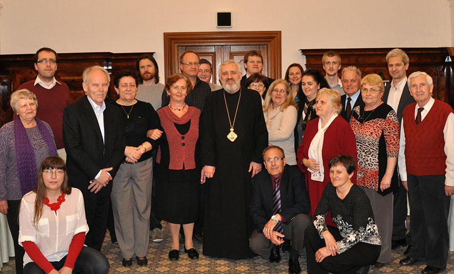 Vnášať kresťanské hodnoty do sociálneho, politického a ekonomického sveta