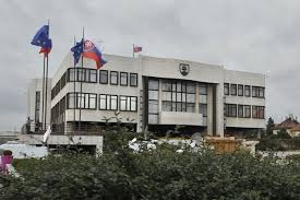 Poslanci nepodporili zavedenie inštitútu partnerského spolužitia