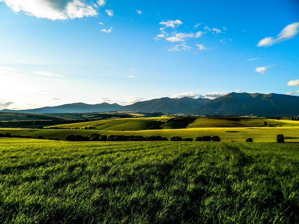 Tipy na týždeň – Dni Dôvery v Pezinku, seminár Kresťan na vidieku – Zdravý vidiek a diskusia s pútnikmi na Púti za klímu