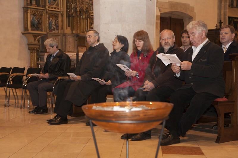Z pobožnosti solidarity v Katedrále sv. Martina