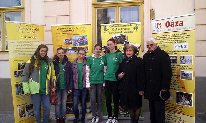Veľtrh sociálnych aktivít naštartoval na Medzinárodnom maratóne mieru